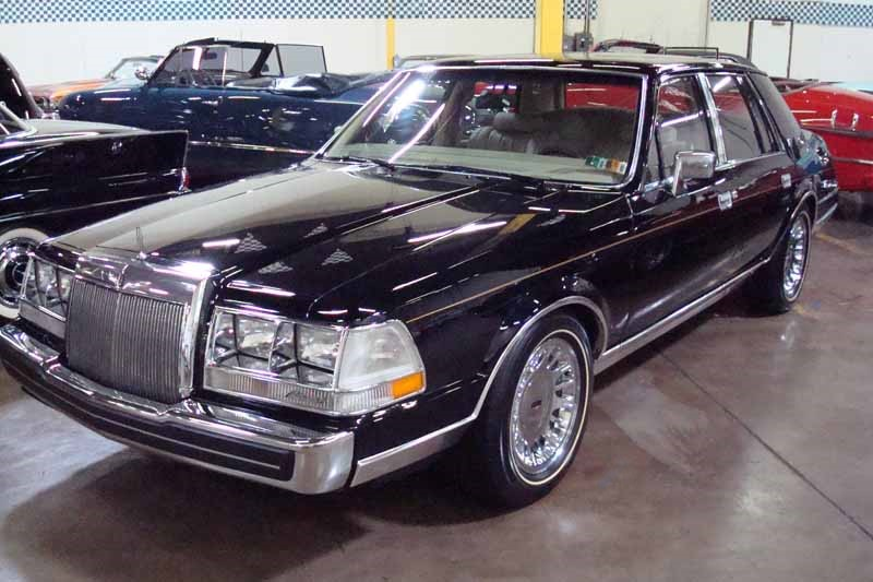 1985 Lincoln Continental Valentino